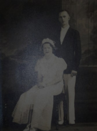Lillie Mae Weatherspoon and Moman Harold Fulkerson wedding photo